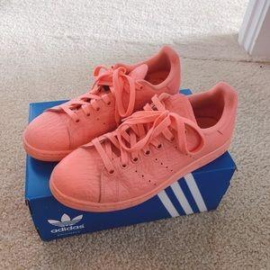Adidas stan smith sun glow sneakers